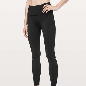 Black Lululemon leggings with rouched bottom